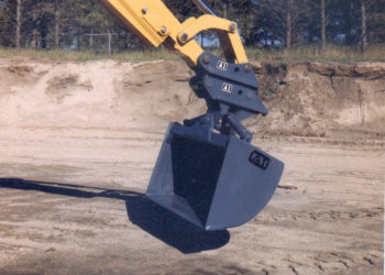 Hydraulic Ditch Clean-Up & Grading Bucket for Backhoe